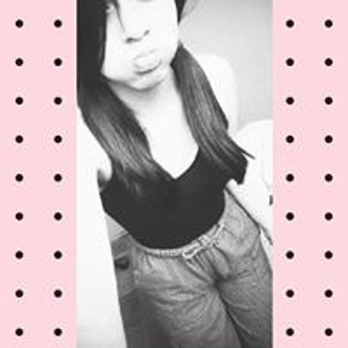 Ana Lucia's avatar