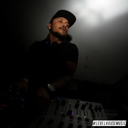 Abel Zeballos's avatar