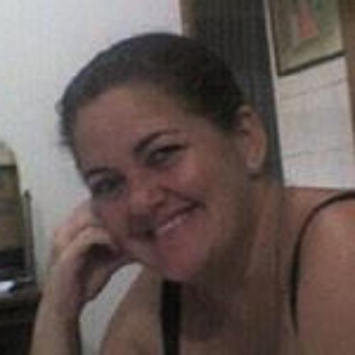 Claudia Cogo's avatar