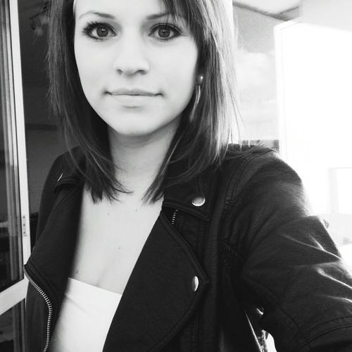 _lauretta__'s avatar