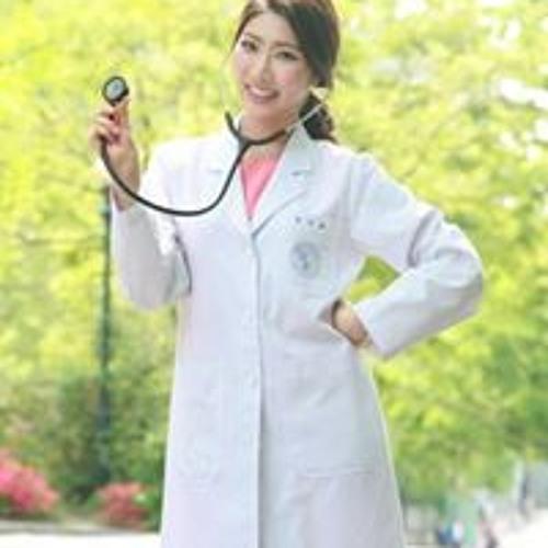 Jihae Jessica Park's avatar