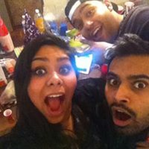 Anika Ansari's avatar