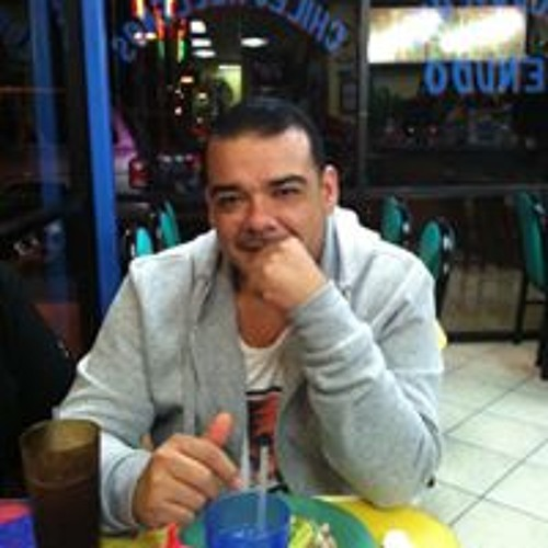 Marco Ulloa's avatar