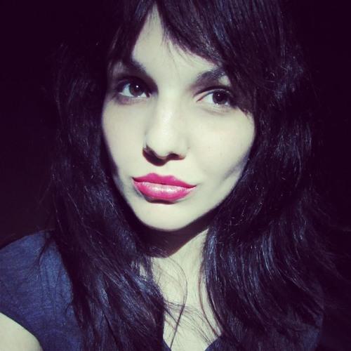 Paty Magri's avatar