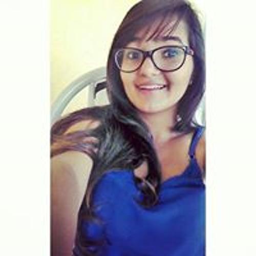 Larissa Medeiros's avatar