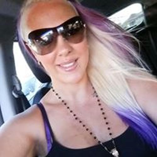Amanda De Freitas's avatar
