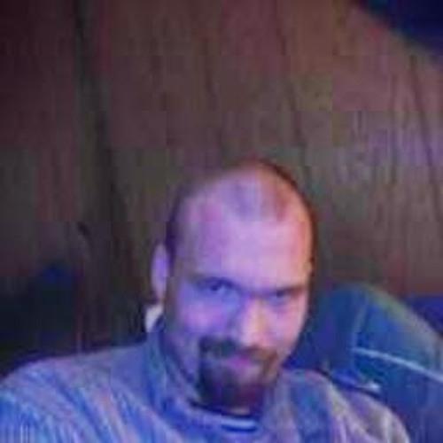 travis duff's avatar