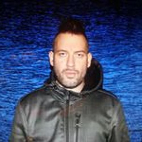 Jakub Lakomski's avatar