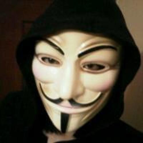 Estefany Castillo's avatar