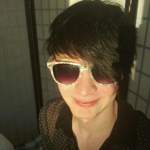 Liam Holdheartshigh's avatar