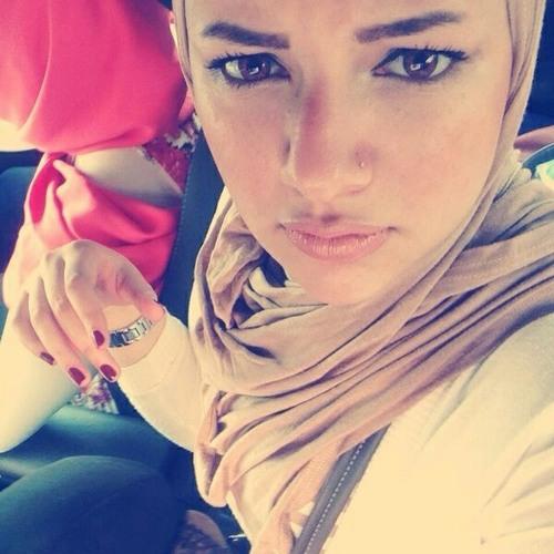Halla Sabry's avatar