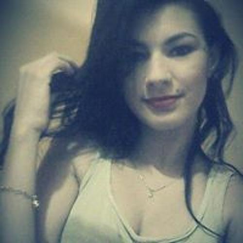 Luana Beca's avatar