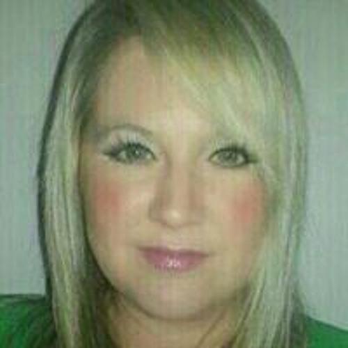 Danielle Emmett's avatar