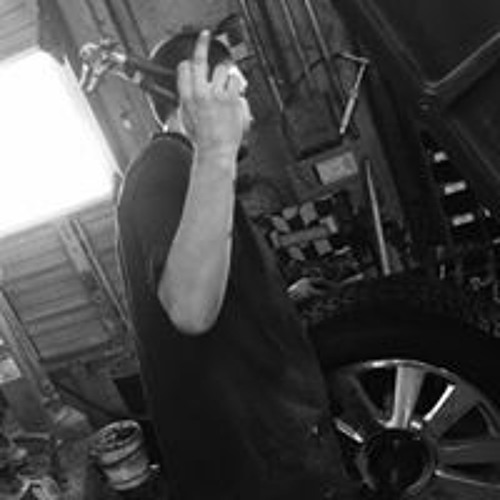 Anthony Estrada's avatar