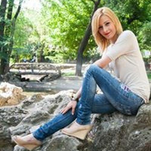 Andreea Alexandra's avatar