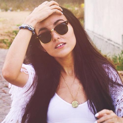Aryana Lorraynne S's avatar