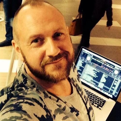 DJ meibOOm's avatar