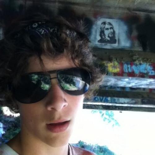 Andrew la Vair's avatar