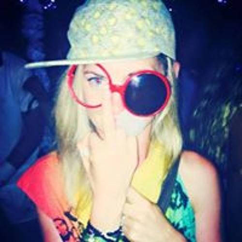 Lindsey Fenton's avatar