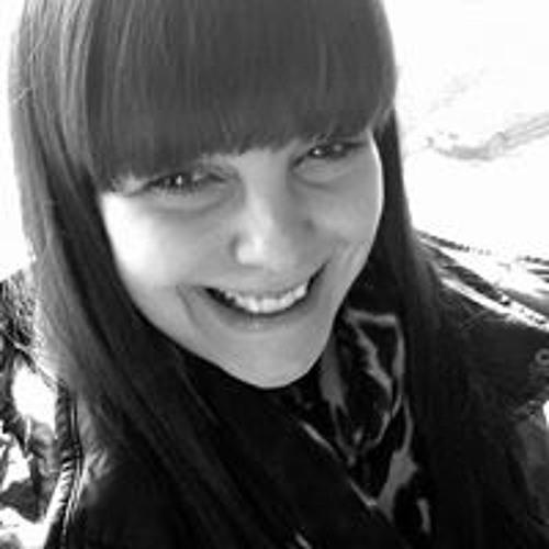 Vera Slavkovski's avatar