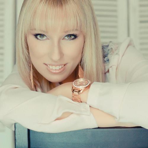 Franziska Ross's avatar