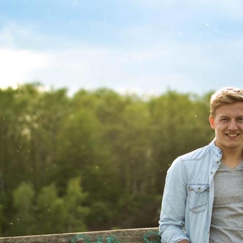 Max Reimann's avatar
