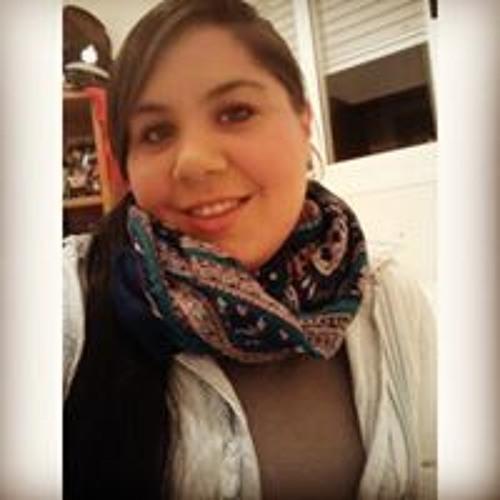 Carla Santos's avatar