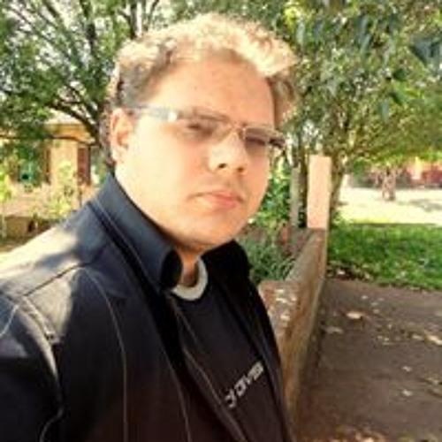 Alexandre Cavasan's avatar