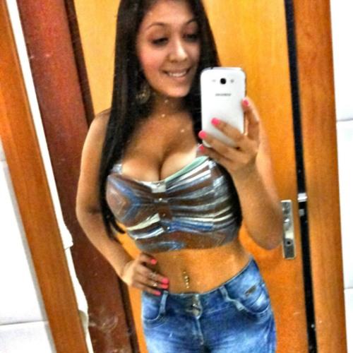 Bruna Santos's avatar