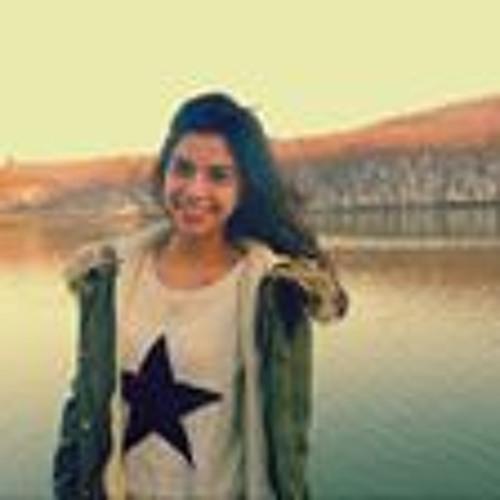 Izel Yumer's avatar