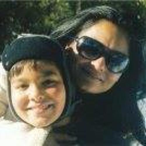 Priya Pile's avatar