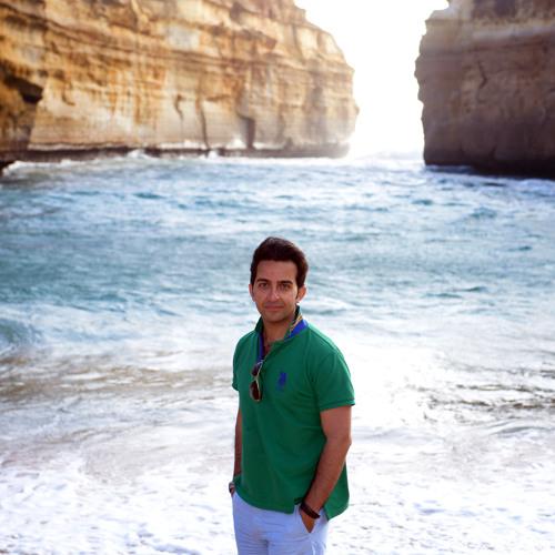 Ethan Ferdosi's avatar