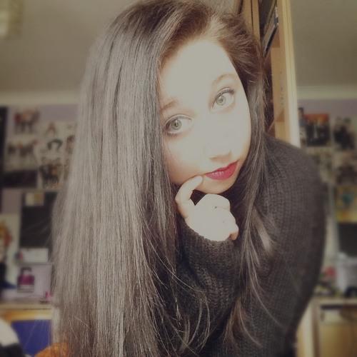 AnnaOlivia's avatar