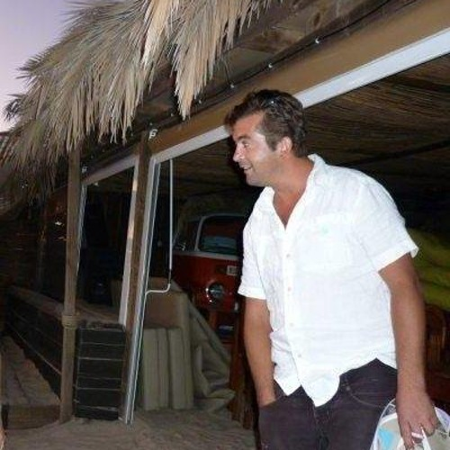 Miguel De Sousa Santiago's avatar