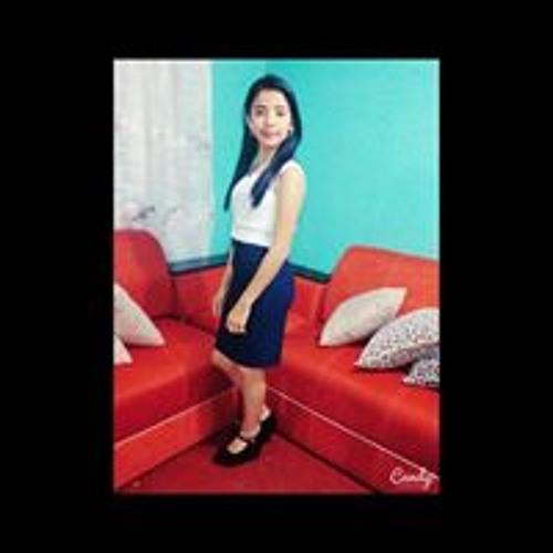 Lesly Umaña's avatar