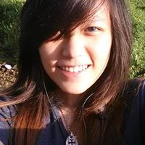 Shallyana Staciaroza's avatar