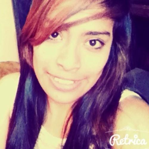 ariana_pineda's avatar