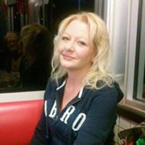 Christina Simmers's avatar