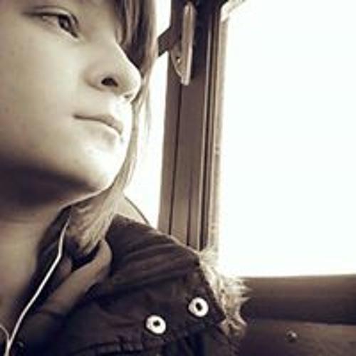 Renee Csontos's avatar