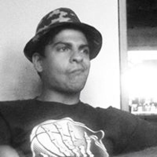 Eduardo Salvato's avatar