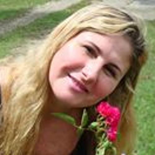 Marcia Peres's avatar