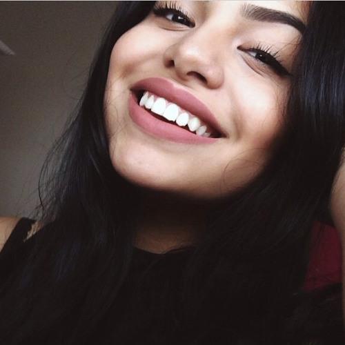 Catalina's avatar