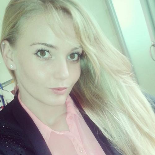 belinda_96's avatar