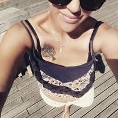 Sharina Kylah's avatar