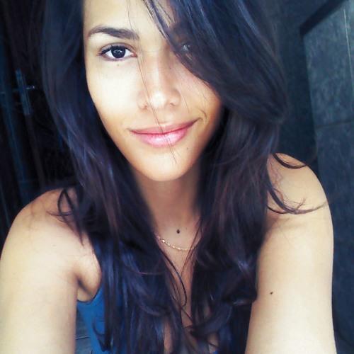 Karla Moraes 2's avatar