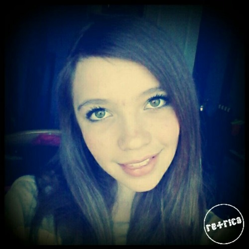 loveliez202's avatar