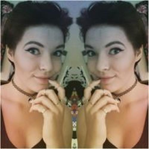Holly Porter's avatar