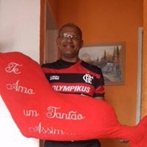 Daniel Medeiros Saboia's avatar