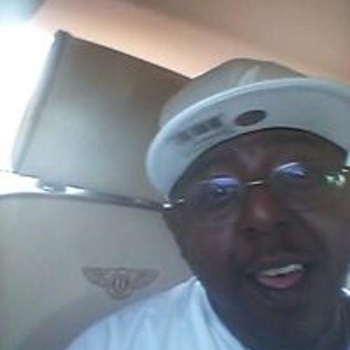 Dorian Simpson's avatar