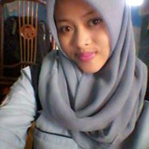 Putri Inggit Istiqomah's avatar